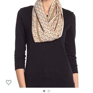 NWOT MK logo scarf 🧣